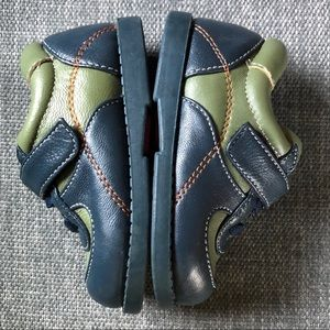 See Kai Run leather shoes size 4T